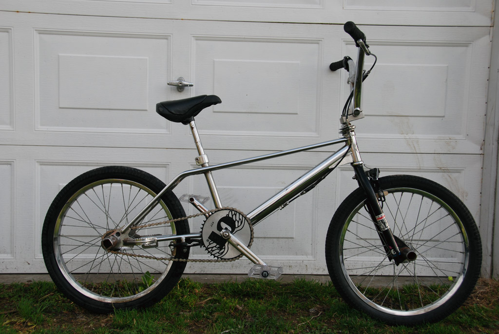 stolen old school bmx stolen bmx bicycles near brantford. Black Bedroom Furniture Sets. Home Design Ideas